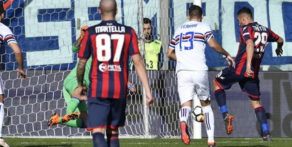 Il gol di Trotta in Crotone Sampdoria