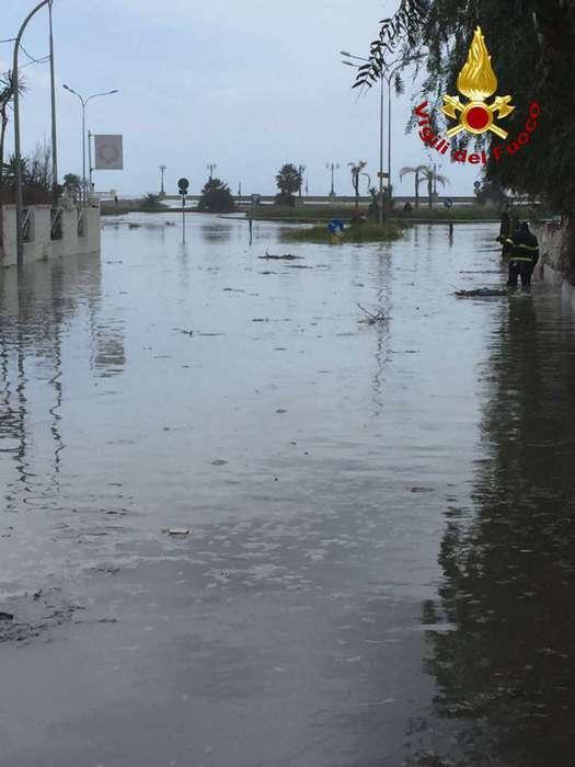 Nocera Terinese: disagi per mareggiata