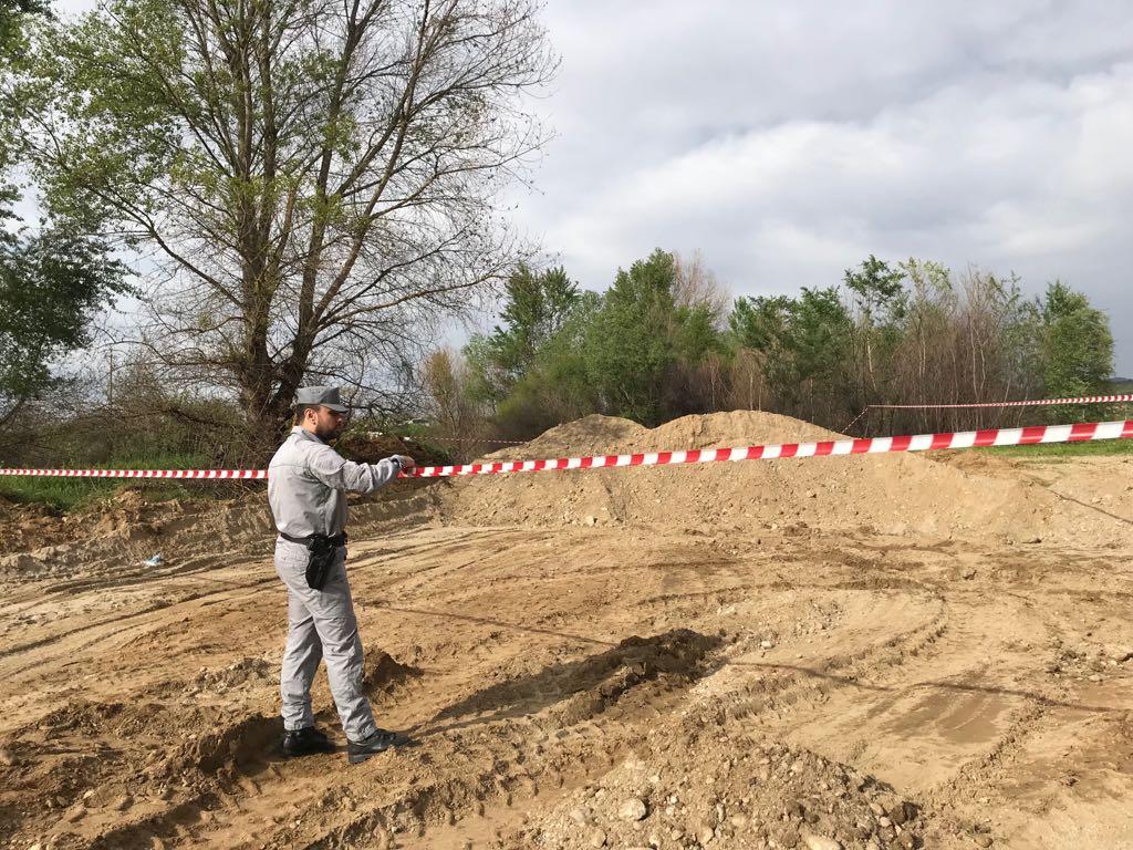 carabinieri forestatli inerti luzzi