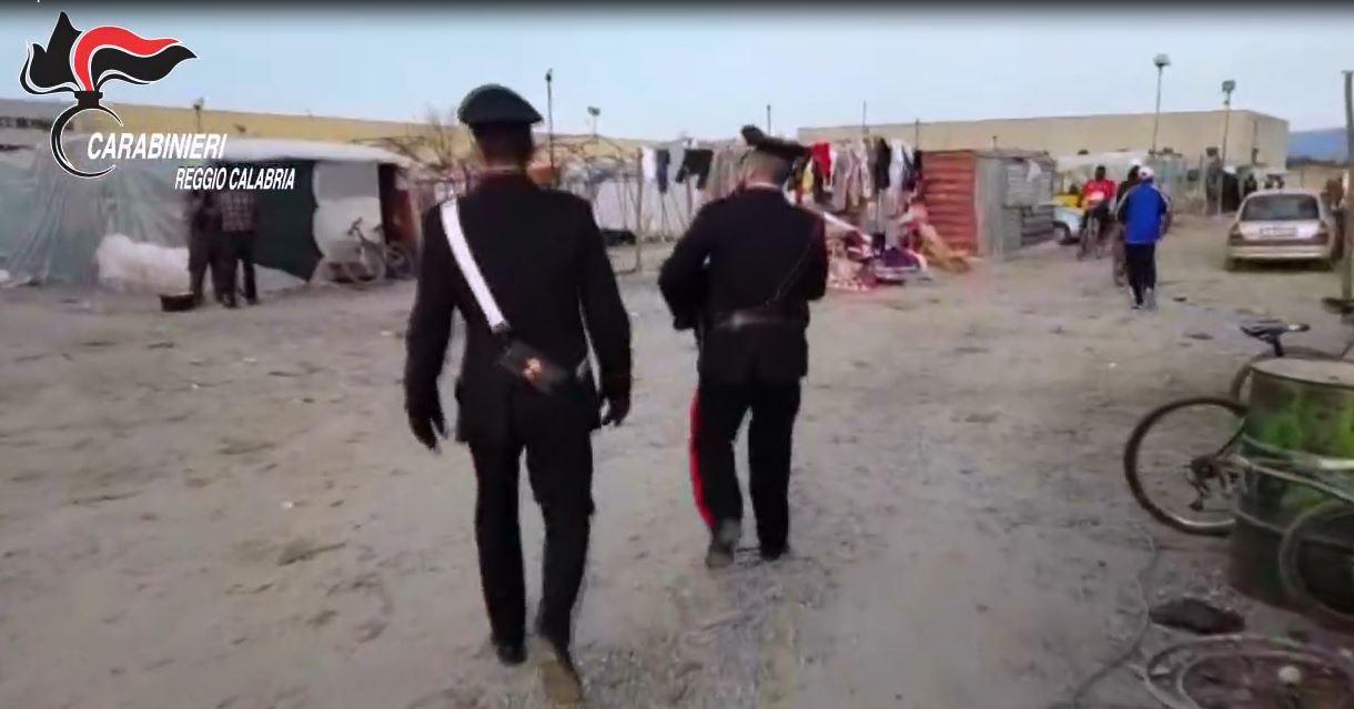 carabinieri tendopoli San Ferdinando