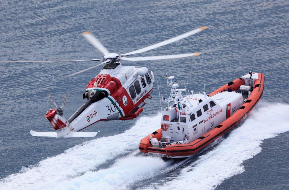 Motovedetta elicottero Guardia Costiera