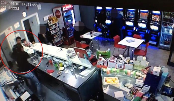 Raid in bar di Roma: procura indaga per lesioni e minacce