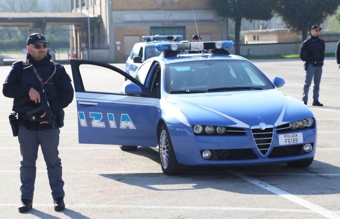 controllo polizia cosenza