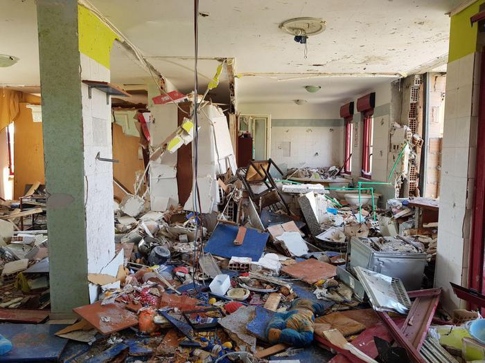 L'appartamento nel quartiere Lampanaro devastato dall'esplosione