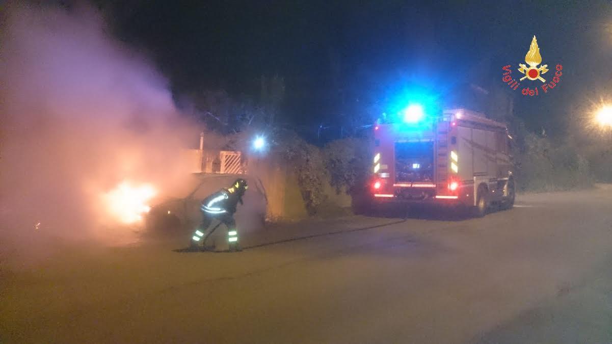 incendio auto soverato