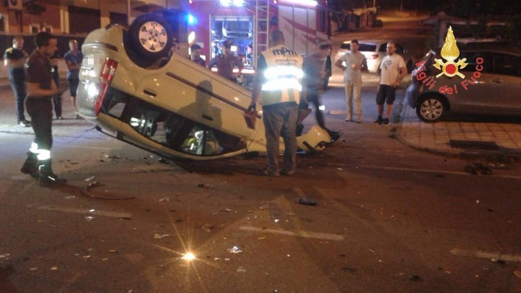 auto ribaltata incidente lamezia