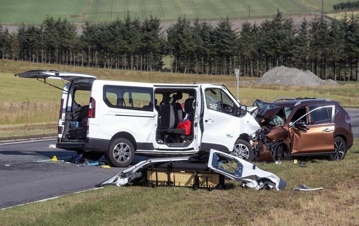 Scontro in Scozia, donna e bimbo italiani morti