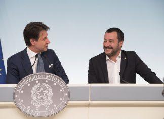 Sicurezza e migranti, approvato il Decreto Salvini
