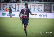 Marco Firenze esulta dopo il goal al Verona