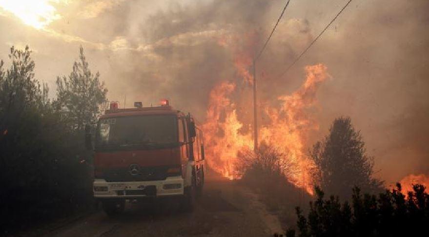 In Calabria forti venti, incendi nelle province di Crotone e Cosenza