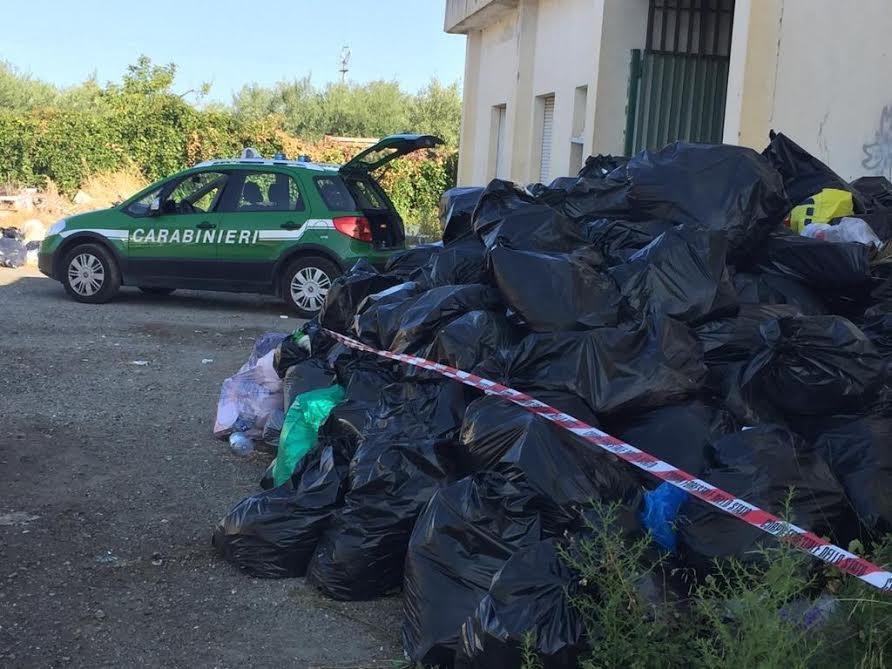 carabinieri forestali rossano rifiuti