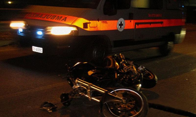 Corigliano, sbanda con la moto e muore a 27 anni