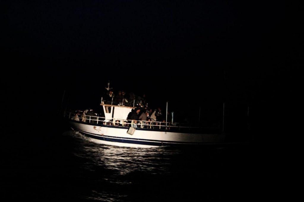 migranti notte