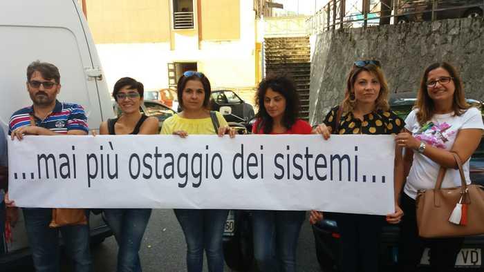 Protesta docenti a Cosenza