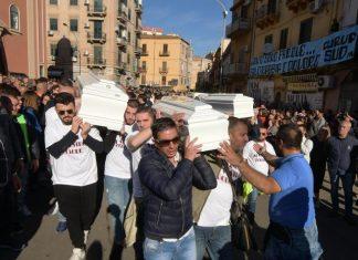 Folla ai funerali delle vittime di Casteldaccia