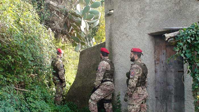 Due casi di lupara bianca tra Crotone e Vibo, indagini