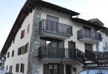 E' accaduto nella notte in una abitazione a pochi km da Aosta