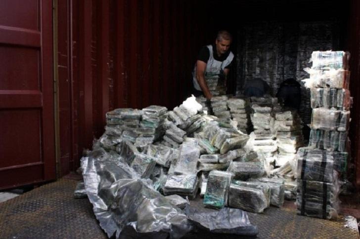 Porto di Genova, scoperto carico iraniano con 270 chili di eroina