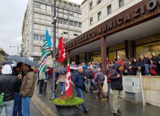 Manifestazione lavoratori Lsu Lpu a Catanzaro