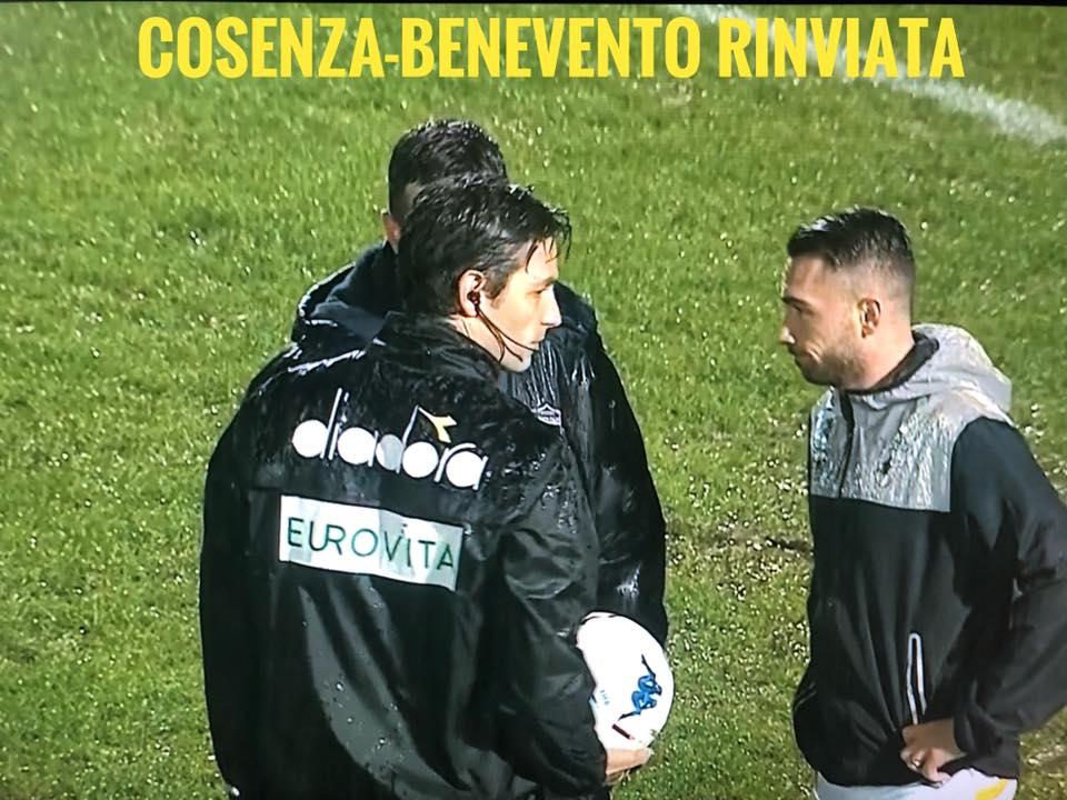 Cosenza Benevento rinviata