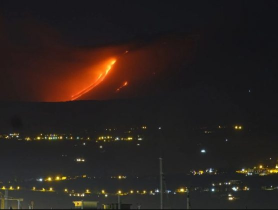 Eruzione Etna notte