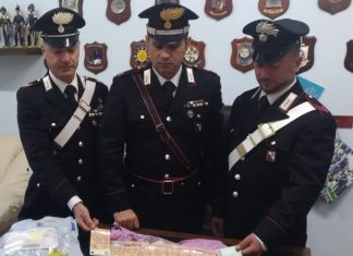 carabinieri soldi falsi