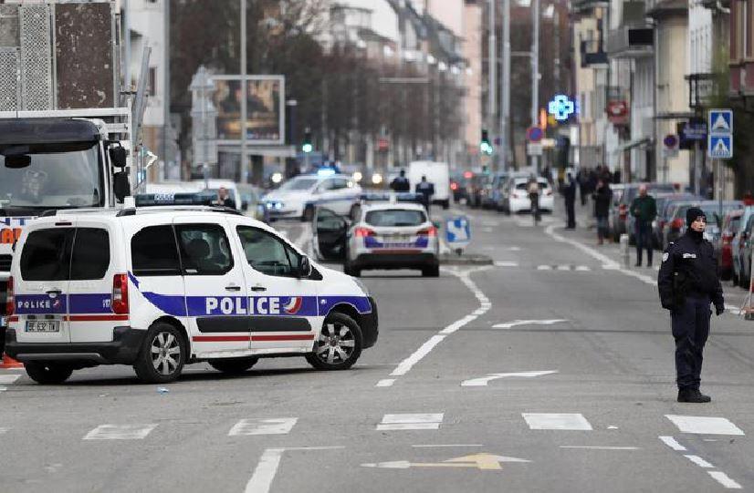 polizia a Strasburgo dopo attentato