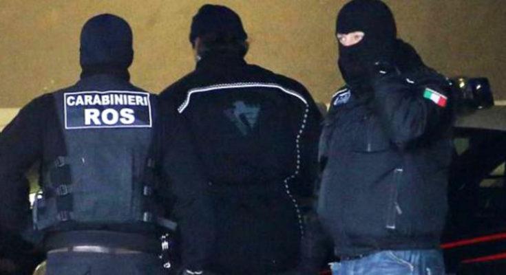 Blitz antimafia tra Milano e Crotone, svolta su due omicidi: arresti