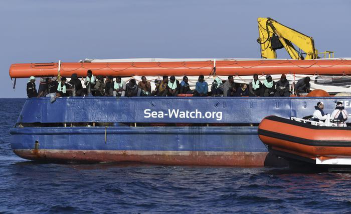 Migranti, respinto dalla Corte Ue il ricorso della Sea Watch. Salvini: buon senso