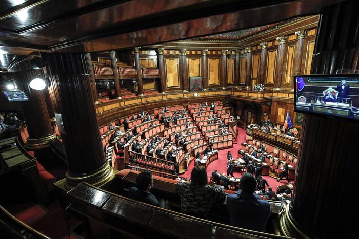 Il Senato approva il decretone su Reddito e Quota 100, ora è legge