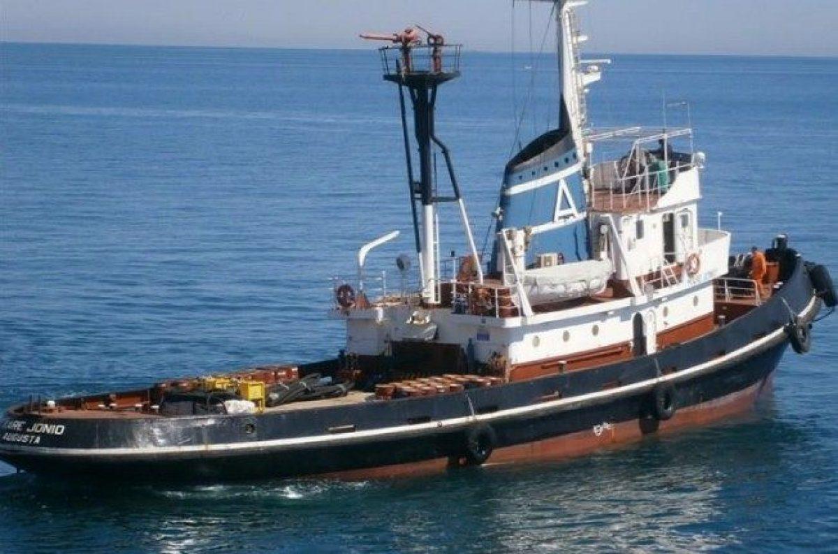 Nave Ong con 49 migranti vicino Lampedusa: Salvini: