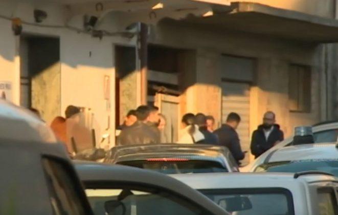 Dramma familiare a Reggio, giovane uccide il padre a coltellate
