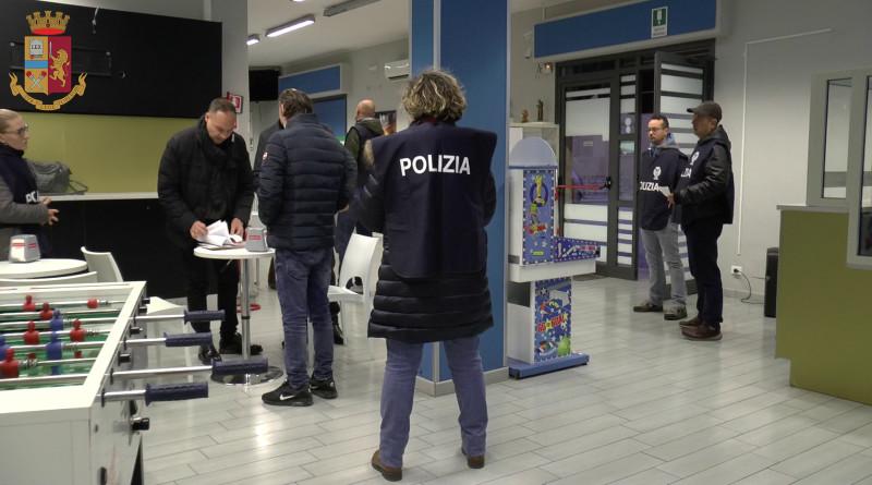 'Ndrangheta, sequestrati beni a condannato per operazione Infinito