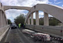 Camion abbatte trave viadotto, chiusa statale 106 jonica a Badolato