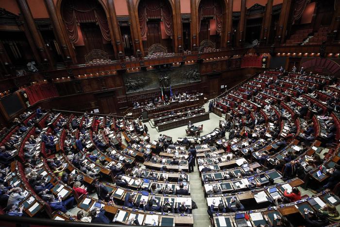 Via libera della Camera per la riduzione dei parlamentari