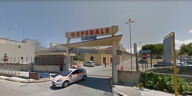 Assenteismo all'ospedale di Monopoli, 13 arresti
