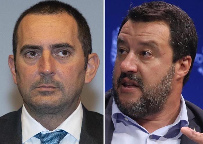 Migranti. Caso Rackete, Spadafora (M5s): Salvini sessista. Ministro: Lasci