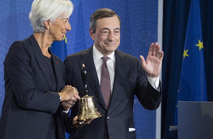 Banca centrale europea, Draghi lascia il testimone a Lagarde