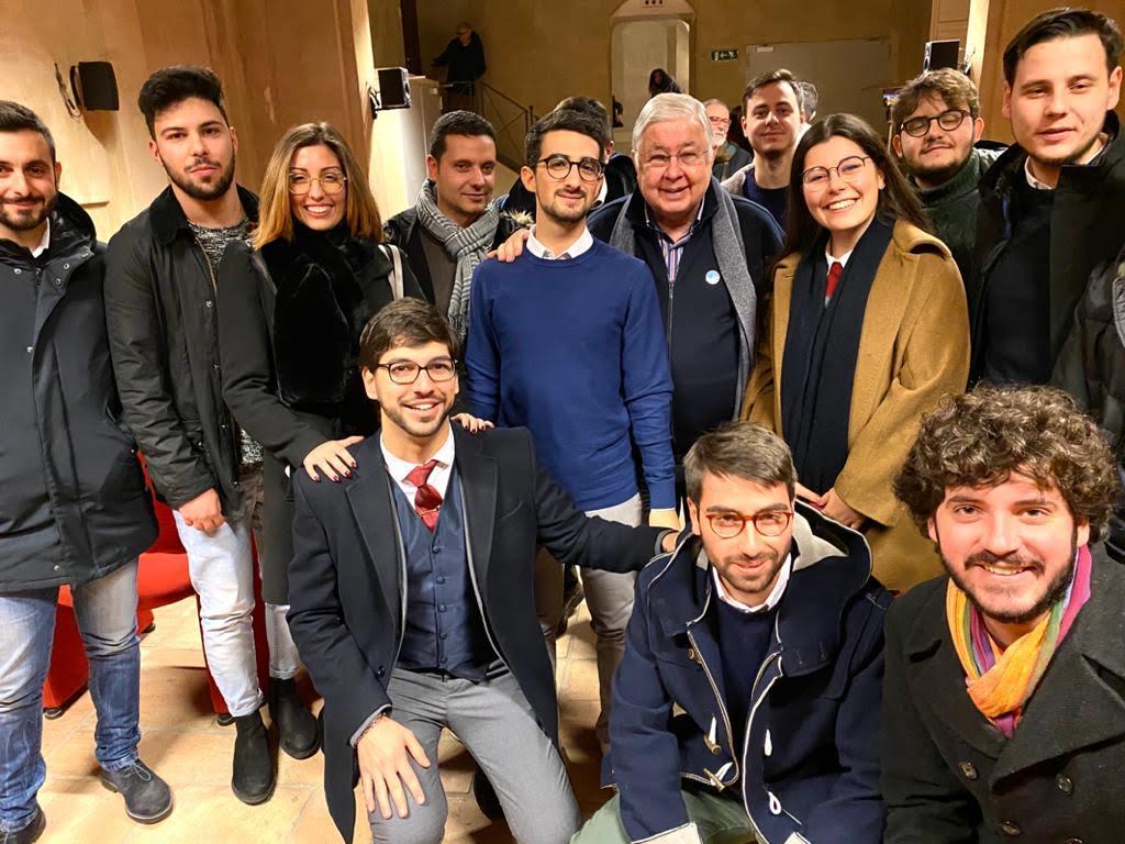 Callipo incontra i giovani a Vibo: Nostra rivoluzione inizia dall'ascolto