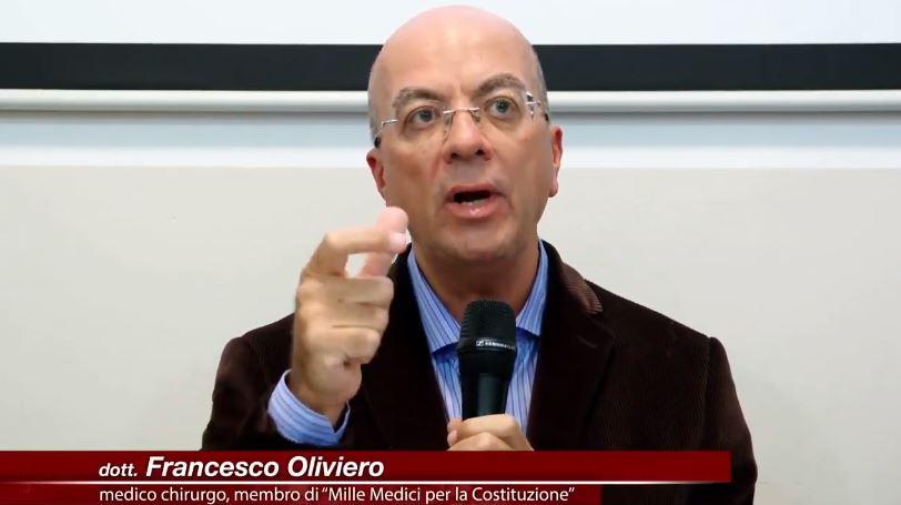 """Il Dottor Francesco Oliviero: """"Chi si vaccina può infettare. Con le cure giuste in salvo 25mila vittime"""""""