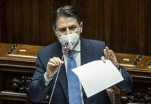 Conte supera l'ostacolo della Camera. Incognita martedì al Senato